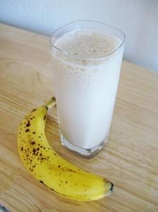 banana-smoothie-004-768x1024
